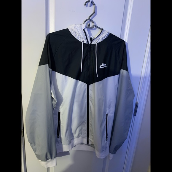 Nike Other - Nike Windbreaker NEW WITHOUT TAGS